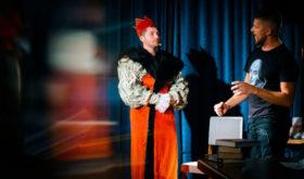 «Весь Шекспир» в одном спектакле